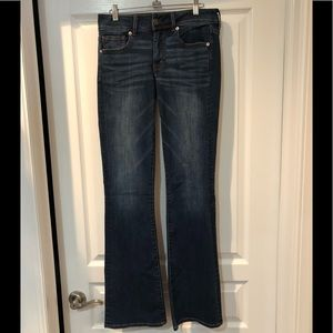 MISSES AMERICAN EAGLE JEANS SIZE 6 LONG. NWT!
